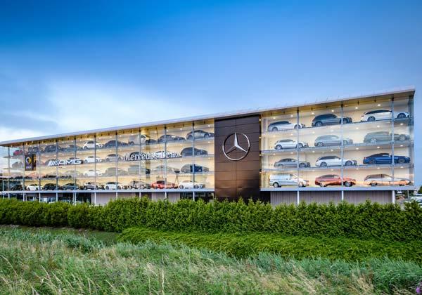Mercedes-Benz Dealer Bedrijven pand